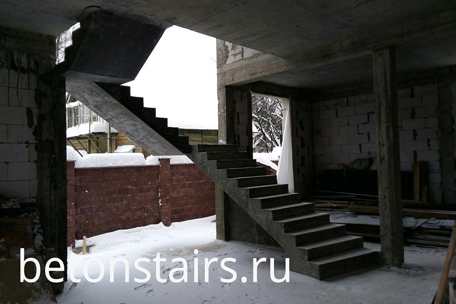 marshevaya-lestnitsa-s-2-ploshhadkami-v-solntsevo-_003