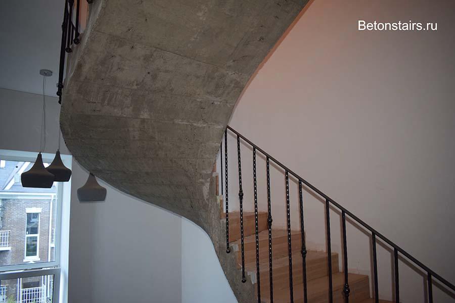 """КП """"Фирсановка лайф"""" лестница в интерьере"""